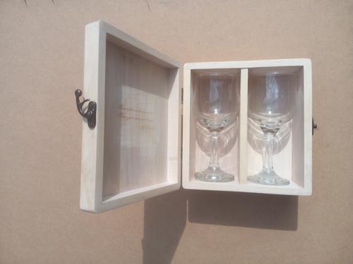 Коробочка для бокалов
